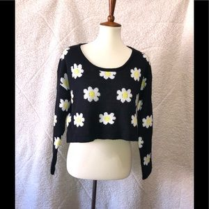 Black with daisies crop sweater